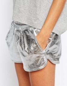 metallic-fashion